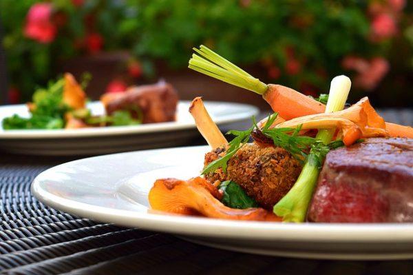 Proteinas, hidratos de carbono, vegetais, fibras